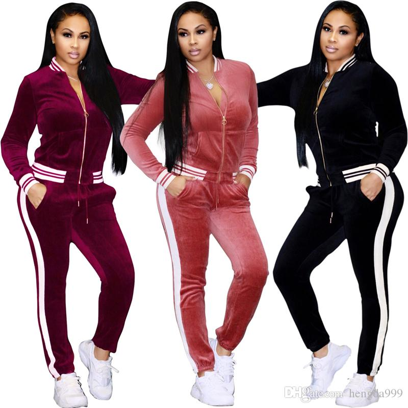 2018 New Women Sportswear Autumn Winter Warm Velvet Tracksuit Two Piece Set Stripe Sweatshirt Pant Sweat Suit Home Clothing
