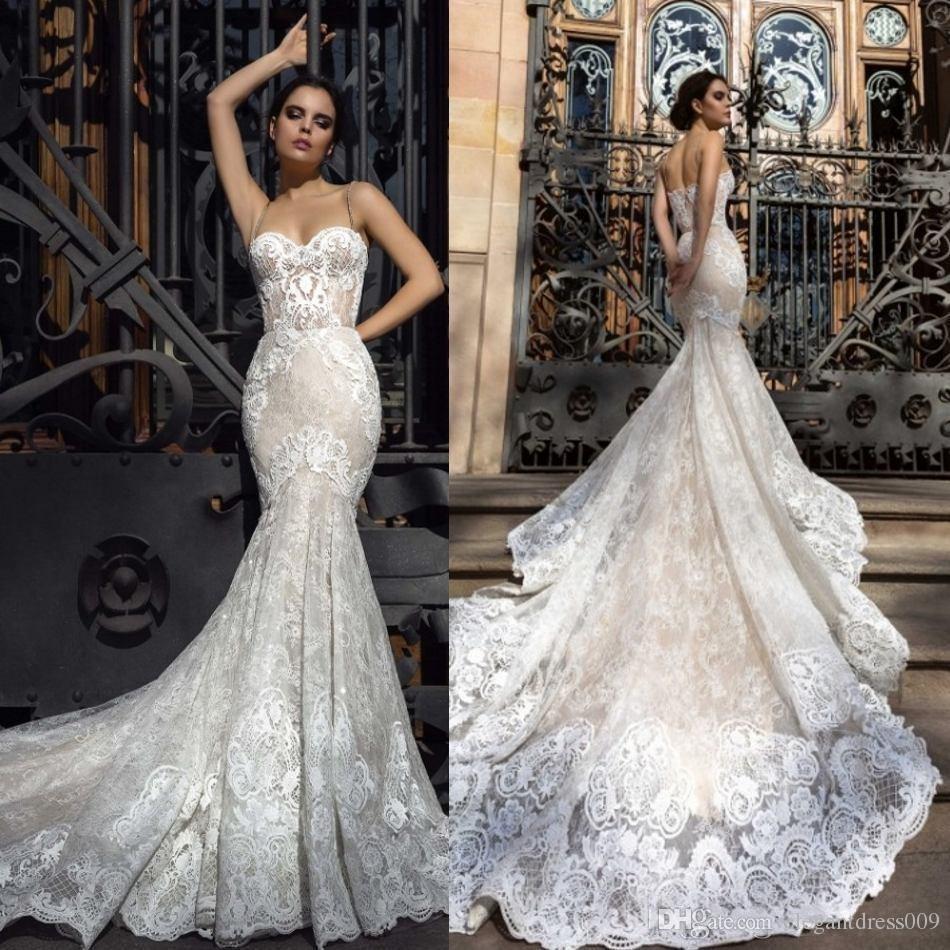 Milla Nova Nueva Llegada Sirvida Vestidos de novia Aplique Spaghetti Correas Corte Tren Vestidos de novia Vestido nupcial Personalizado