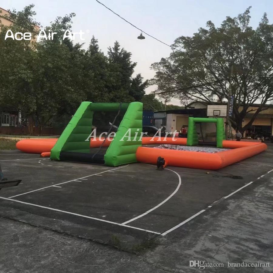 Campo de futebol inflável gigante da corte do futebol das crianças com porta do futebol, passo de futebol inflável para KidsAdults