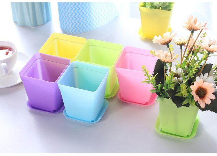 Mini macetas de colores Macetas de flores de plástico Plantas en maceta Plantas suculentas con bandeja Cuadrados dulces colores plantadores jardín decoración del hogar