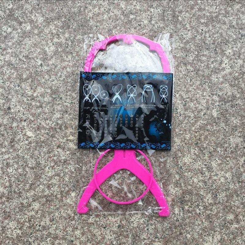 Los más nuevos Soportes de pelucas Plegable Estable Sombrero de plástico Gorra Pantalla Durable Soporte de pelucas Herramienta Accesorios para el cabello Negro Color rosado