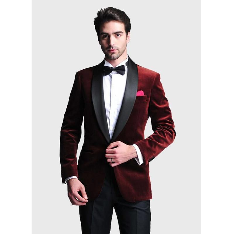 Custom Made Ternos de Casamento dos homens Vinho Tinto de Veludo Jaqueta  Lapela Calças Pretas Groomsman Terno Dos Homens 2 Peça Ternos (Jaqueta +  Calça) ... d63225902fd