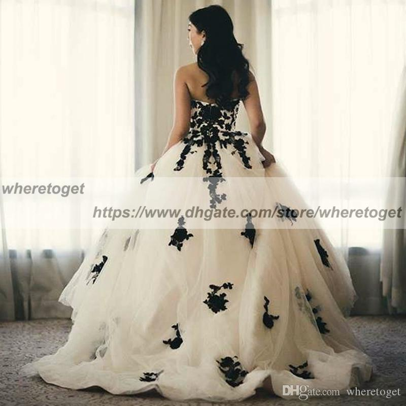 b1a7fc056d0 2018 New Gothic Black And White Wedding Dresses Vintage Sweetheart Ruffles Lace  Tulle Ball Gown Sweep Train Zipper Back Country Bridal Gowns Evening Gowns  ...