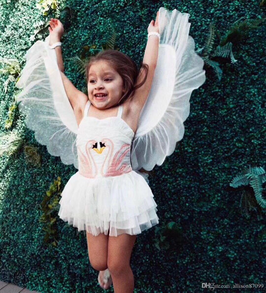 2018 Ins Girl Swan Wings Tutu Dress 1 pezzo Bambini Performance Dresses Bambini Regali di compleanno Spaghetti con ali staccabili Trasporto di goccia