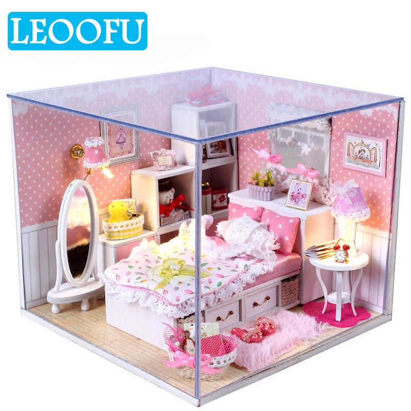 Leoofu Handmade Doll House Furniture Miniature Diy Doll Houses