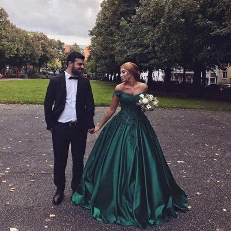 Vestidos de noche de talla grande y verde oscuro Apliques de hombros Vestido de fiesta de satén con cuentas Vestidos de baile Vestido de noche formal Vestidos de noche 2018