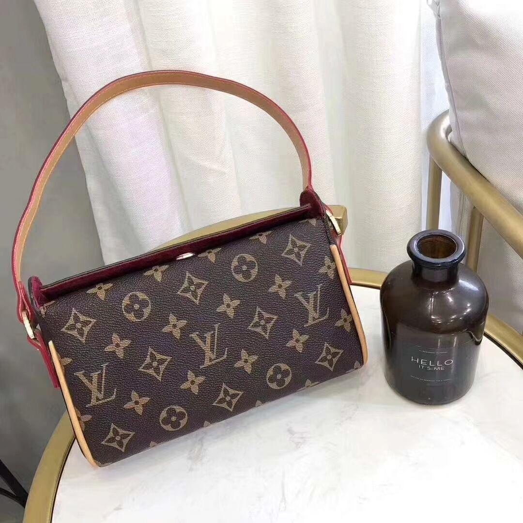 eb379459095 Compre 2019 Bolso Mujer Señoras Marca Bolsos De Cuero Moda Casual Tote Bag  Gran Bolso De Hombro Para Mujer Venta Caliente Bolsa Feminina A $46.1 Del  ...