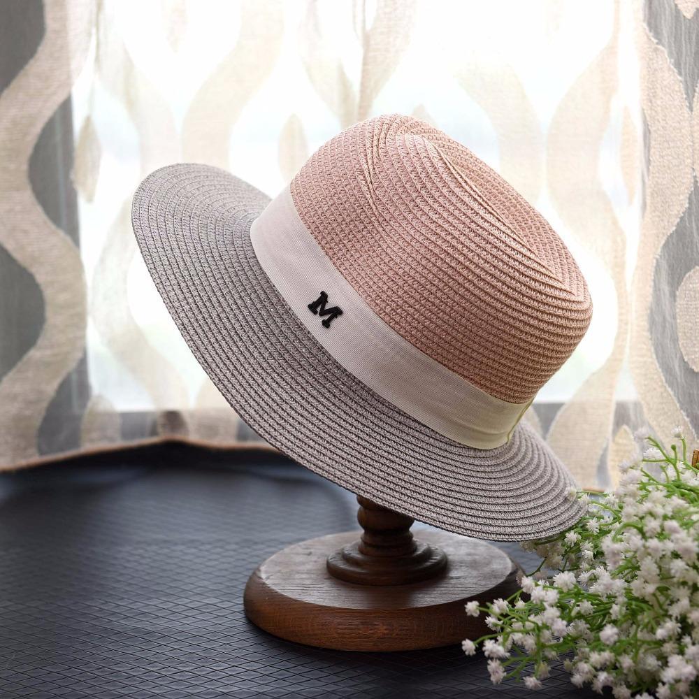 4684c95602853 Compre DOUYUB003 Sombreros De Visera De Sol De Las Mujeres De La Moda  Nuevas Señoras De Ala Ancha Metal MN Tapas De Cinta De Letras Para  Vacaciones En La ...