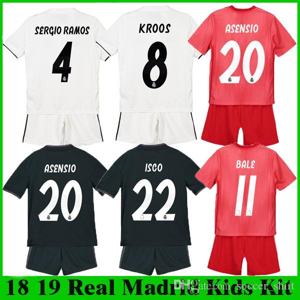 ASENSIO MODRIC Kids Kit Real Madrid Soccer Shirts 2018 2019 Home White Away  Boy Jerseys ISCO BALE KROOS Children 3rd Red Football Jersey ASENSIO MODRIC  ISCO ... d1986c4eb