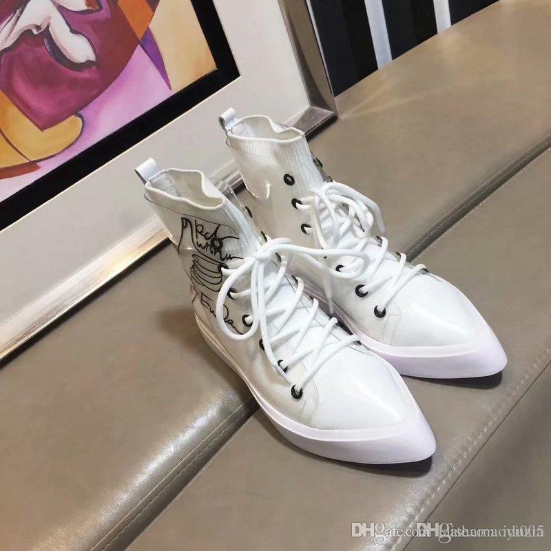 Acquista AA Top Sneaker Di Design Di Lusso Da Donna Stivali In Vera Pelle  Martin Stivali Bianchi Scarpe Casual Tacco Alto Scarpe Da Donna Piatte Con  Lacci A ... 436422d70f6