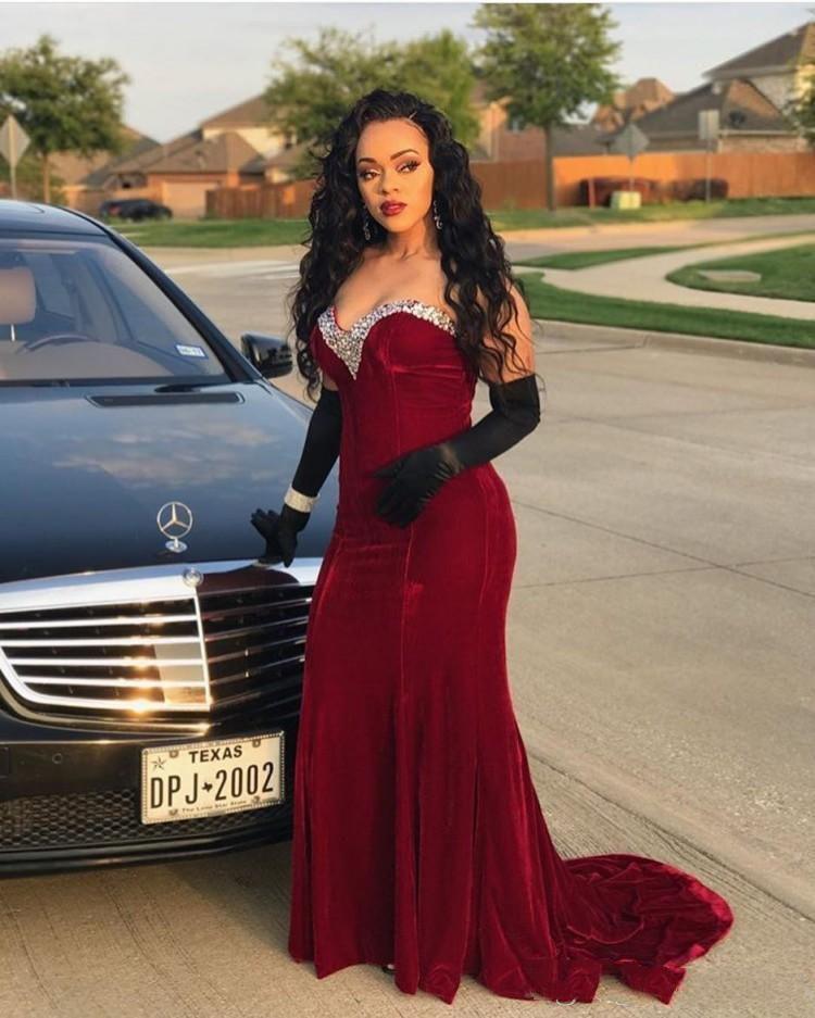2019 Burgundy Velvet Black Girls Prom Dresses Sweetheart Beading