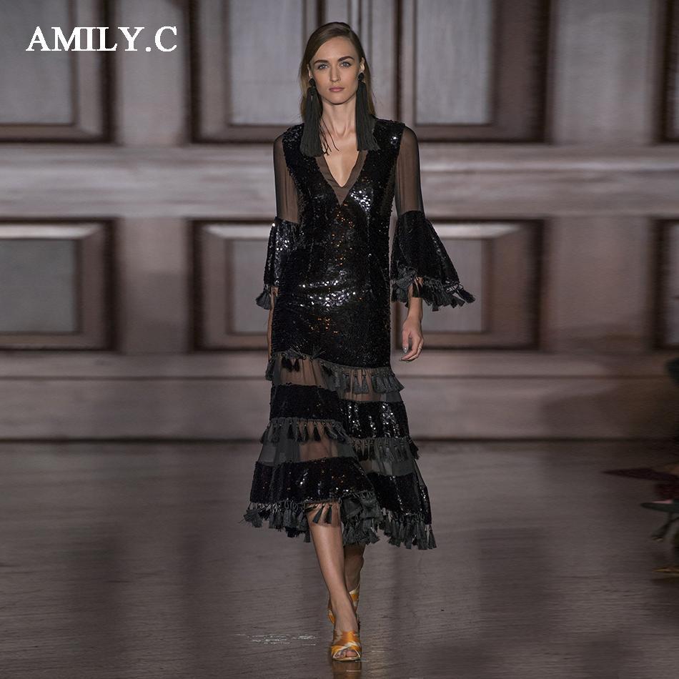 e3f2456119 Compre 2018 Nuevo Vestido De Las Mujeres Lentejuelas De Oro Negro Con Flecos  Playa Sexy Vestido De Fiesta Largo Con Cuello En V Malla Moda Otoño A   143.43 ...