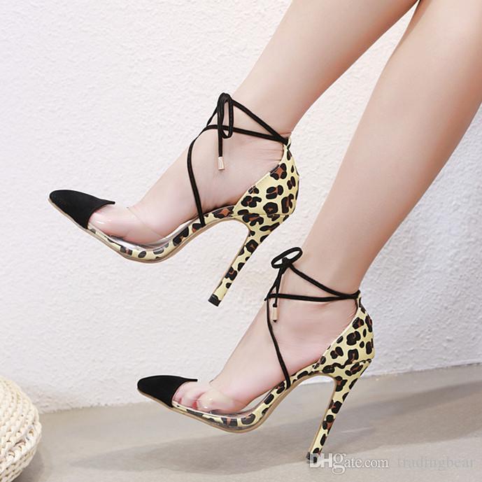 Compre Sexy Pvc Transparente Patchwork Leopardo Cruz Tiras Tacones Altos  Puntiagudos Bombas Mujeres Diseñador Zapatos Tamaño 35 A 40 A  29.52 Del ... 66212c6518f3