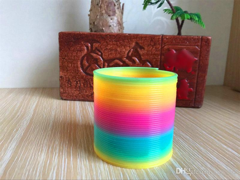 fashion rainbow circle colorful rainbow plastic magic slinky kids children classic development educational toy christmas gifts dhl rainbow circle magic