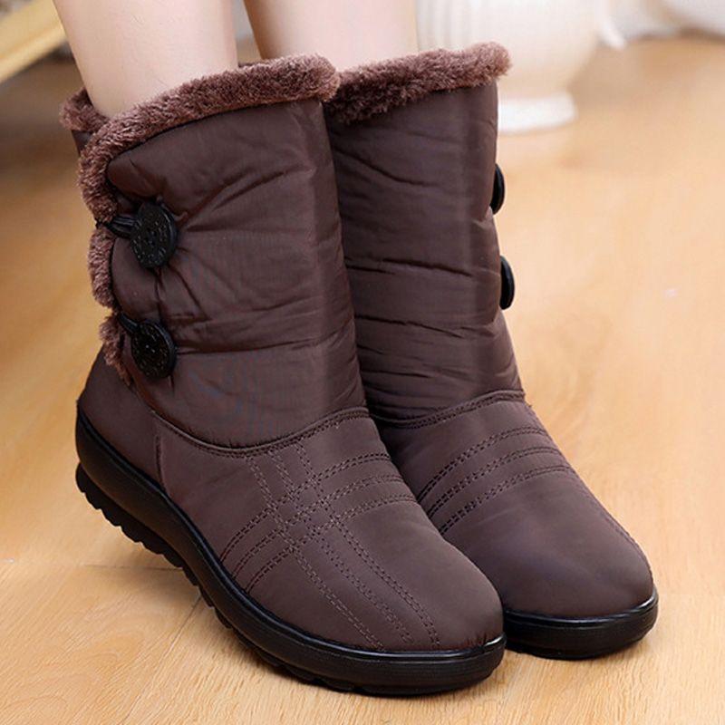 31161a023 Compre Botas De Nieve Antideslizantes 2018 Botas Nuevas Para Mujer Cálido  Invierno Zapatos Impermeables Para La Madre Zapatos De Invierno Para Mujer  Más ...