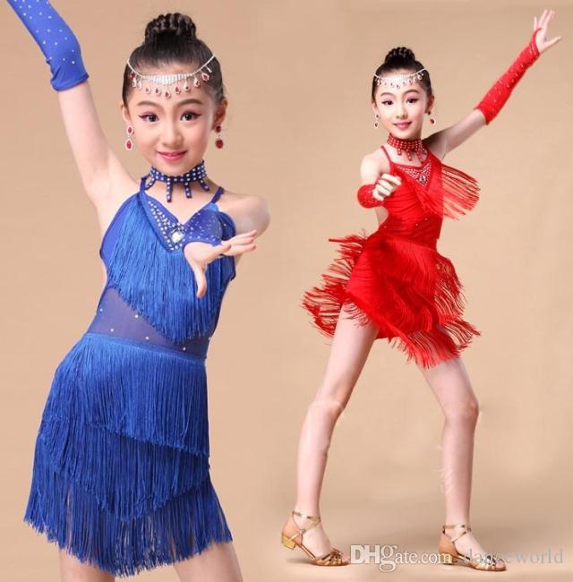 2018 neue Mädchen Quaste Latin Tanzkleid Kinder blau / rot / rosa Pailletten Tango / Rumba Kostüme üben Kleid Tanzwettbewerb Kostüme