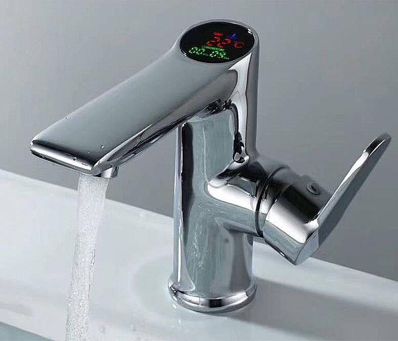 Großhandel Led Temperatur Und Digitale Anzeige Wasserhahn Messing
