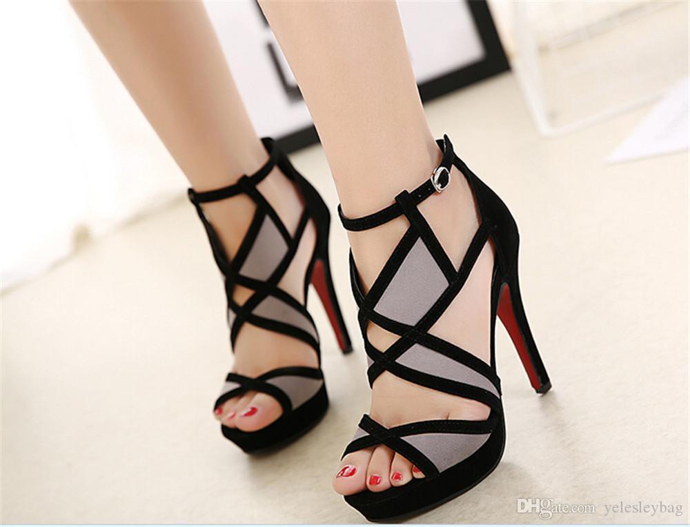 ef776052c4103 Compre Zapatos De Tacón Alto Para Las Mujeres Sexy Peep Toe Sandalias De Tacón  Alto Zapatos De Fiesta De La Boda Hebilla Tachonado Estilete Sandalias De  ...