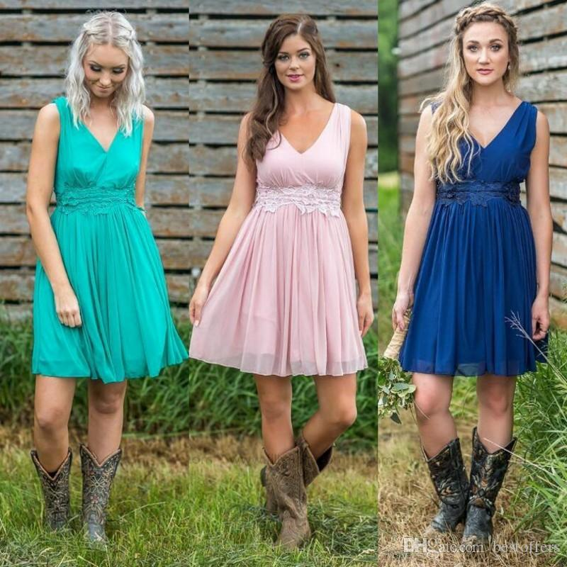 Country Style Short Bridesmaid Dresses 2019 Cheap V Neck