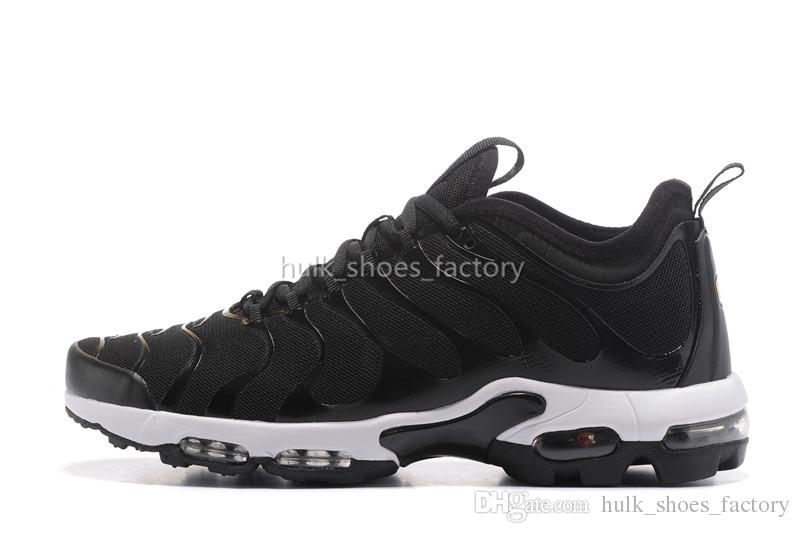 New Color Lightweight Breathable Sneakers Black Mesh CASUAL color bottom Sport Running Football Shoes for Men online sale