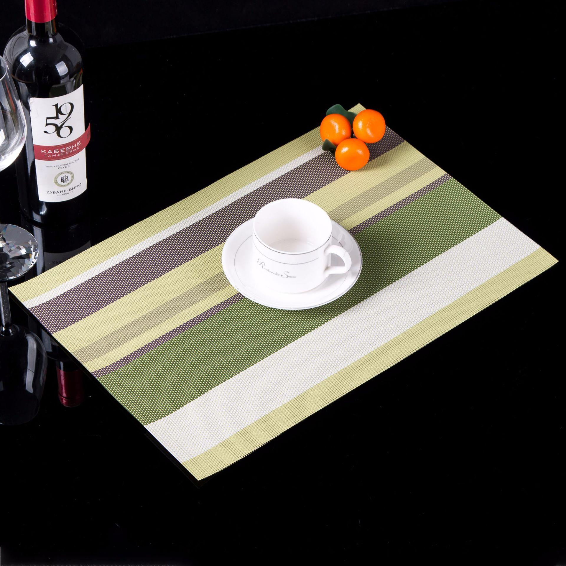 PVC square bar type European thermal insulation food mat table cushion mat Western food mat 30X45 hotel decoration kitchen accessories