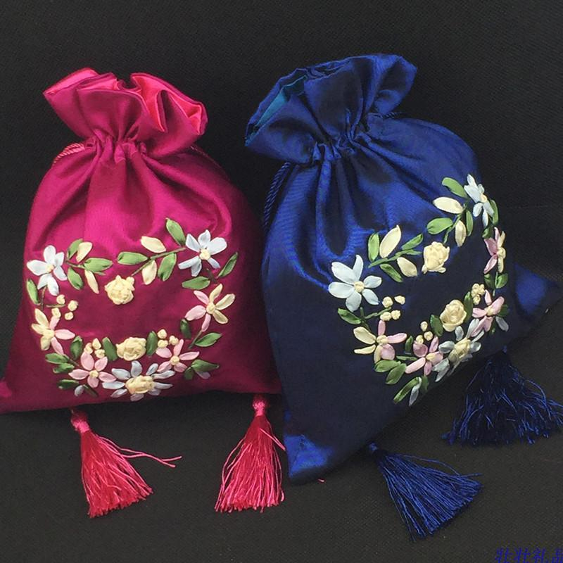 Hand Ribbon Embroidery Large Jewelry Gift Bag Tassel Drawstring Satin Fabric Packaging Pouch Lavender Spice Sachet Storage /