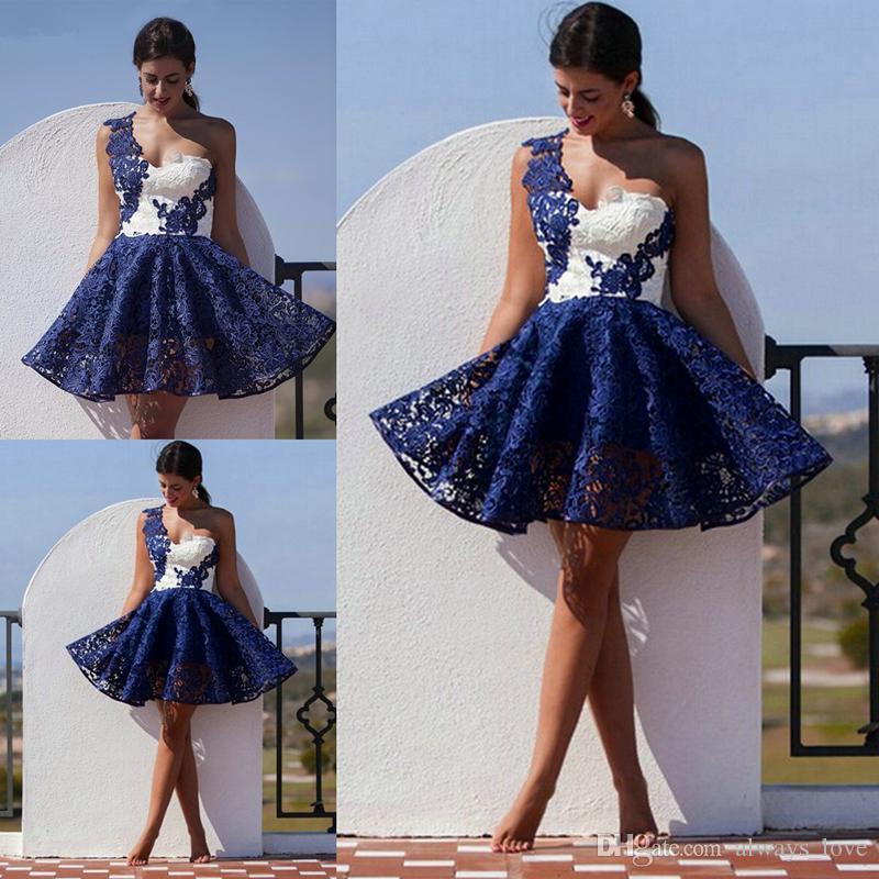 cheaper ea73c 00ebb Kurze dunkelblaue und weiße Cocktailkleid-Qualitäts-eine  Schulter-Spitze-Frauen-Abnutzungs-Abendkleid-Partei-Abschlussball-Kleider