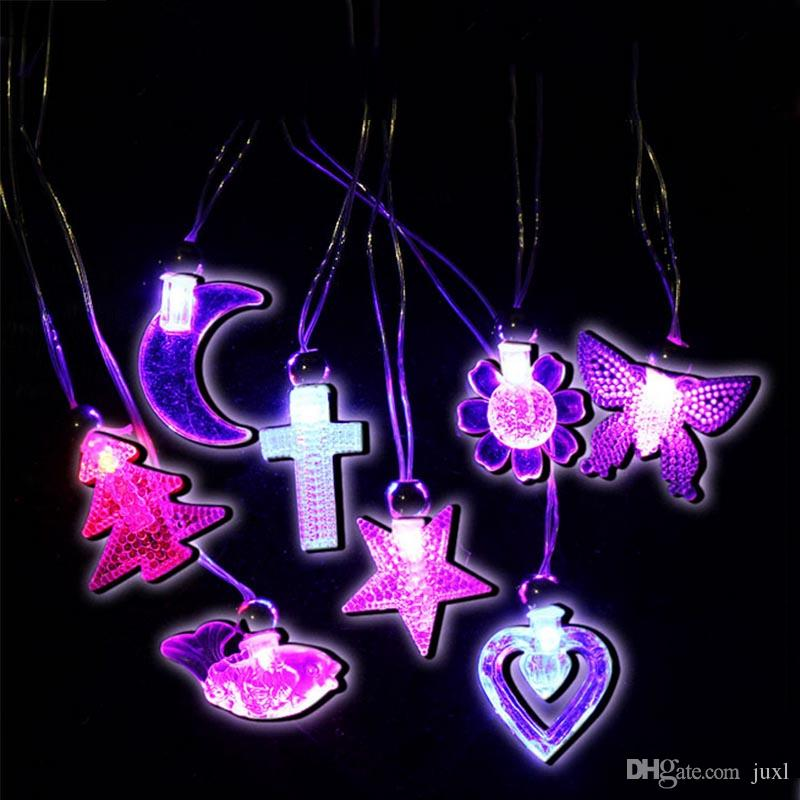 FLASHING LIGHT UP MOON STAR CRYSTAL NECKLACES PENDANTS NOVELTY KIDS GIFT TOY Costume Accessories