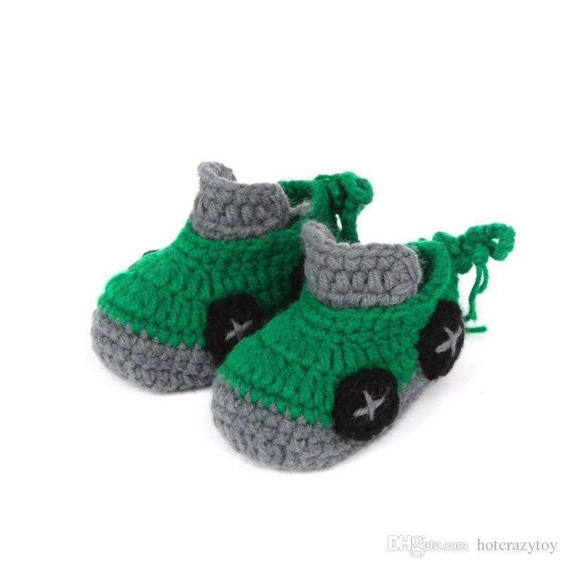 Baby erste Wanderer Cartoon Car Baby Boy Schuhe Handarbeit häkeln Booties weiche Sohle Baby Mokassins 10 cm Schuhe Freies Verschiffen