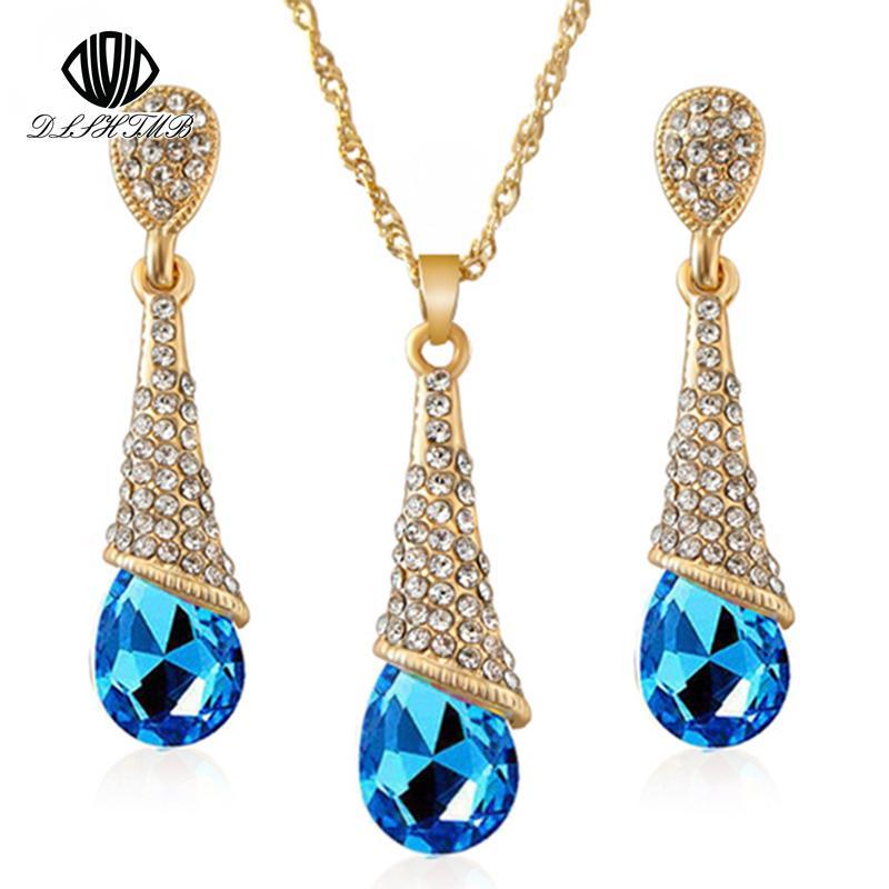 a7c74a9d2c19 Compre DLSHTMB Collar De Aretes De Cristal Largo Azul Conjunto De Nueve  Gotas De Color Collar De Pendientes Conjunto Elegante Dama Joyería E75 N302  A  19.85 ...
