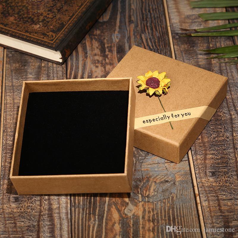 Новая квадратная форма 8,5 * 8,5 * 3,5 см подсолнечника декор браслет браслет шкатулка