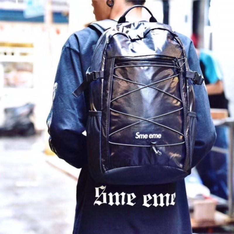 17FW Box Logo Reflective Waterproof Backpack Men Women Outdoor Travel Backpack Black White Fashion Practical Shoulder Bags HFYMBB003