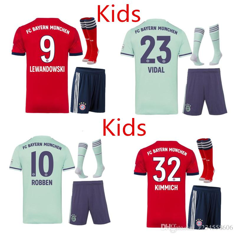 Compre NUEVO Bayern Munich Boys Jersey De Fútbol 2018 2019 Kit Para Niños  VIDAL COATA LEWANDOWSKI MULLER Camisetas Para Niños ROBBEN GOTZE BOATENG  ALABA ... dcc39e02f8fae