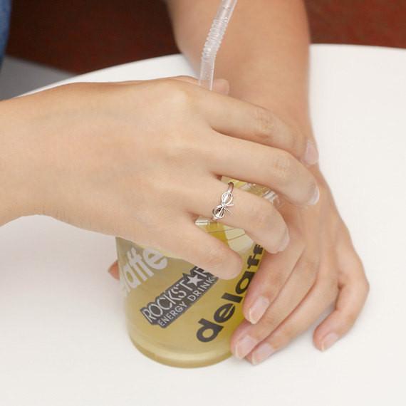 2018 Оптовая кольца для девочек мода малый лук кольца, ручной сварки кольца для женщин, бесплатная доставка