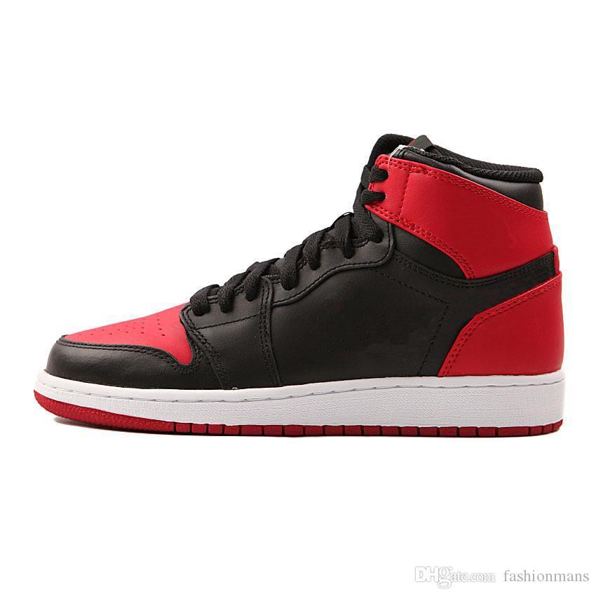 Compre 2018 Michael Jordan 1 Zapatos De Baloncesto De Calidad Superior Mid OG  1 Para Hombre Nike Air Jordan 1s Homage To Home Banned Bred Portaobjetos De  ... cf71cb759