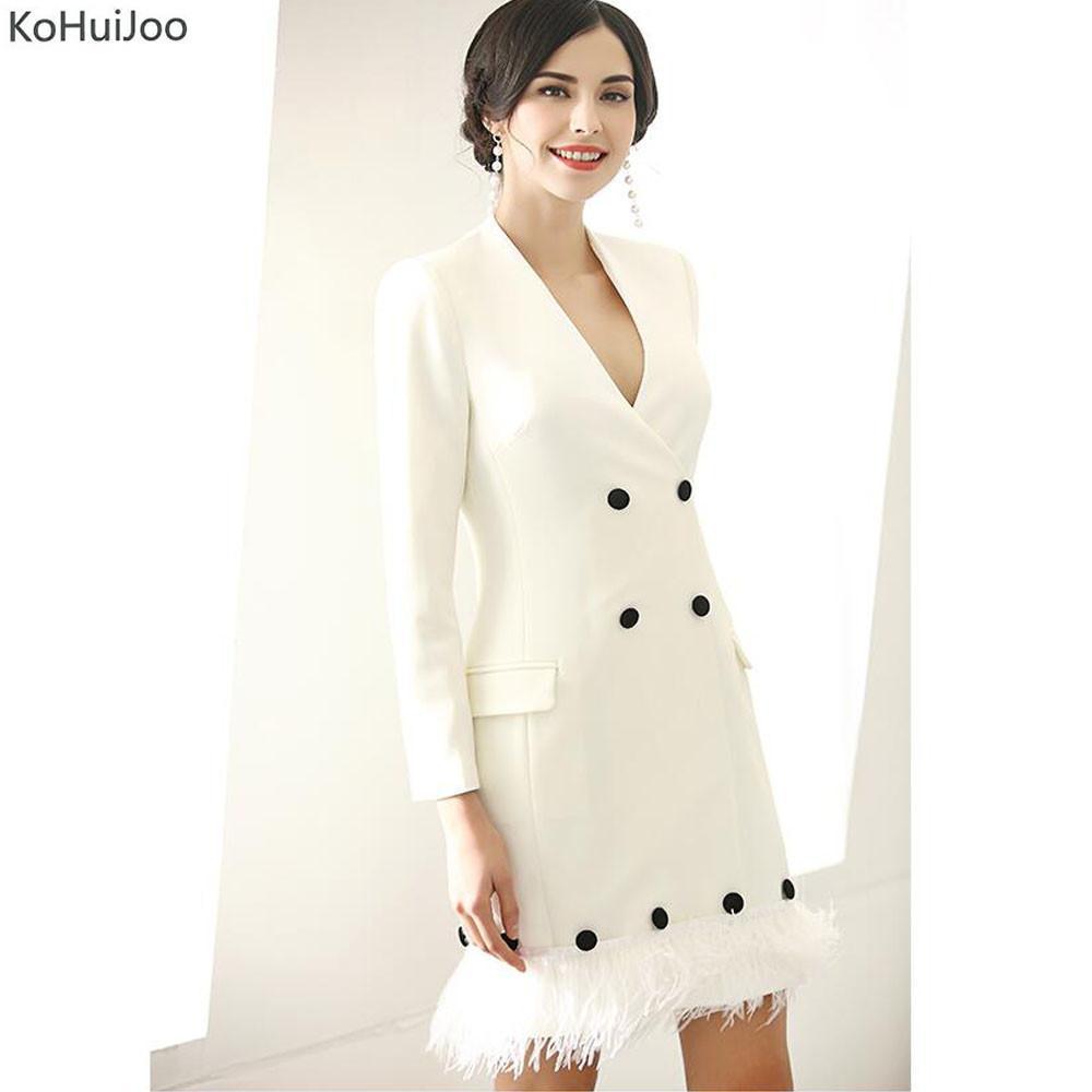 Großhandel KoHuiJoo 2018 Fashion Runway Feder Patchwork Blazer Kleid Frauen  Zweireiher Sexy V Ausschnitt Hohe Qualität Runway Kleider Weiß D18110901  Von ... a0f38af7b1