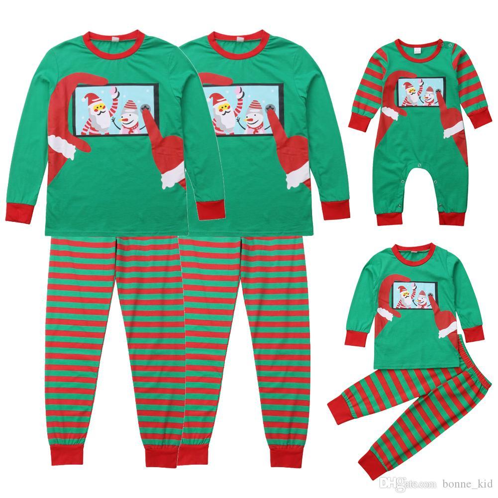 643523134c Compre Ropa De Muñeco De Nieve A Juego De La Familia De Navidad 2018 Pijamas  De Rayas Mameluco Del Bebé Niño Niños Niñas Trajes Adultos Ropa De Dormir  Verde ...