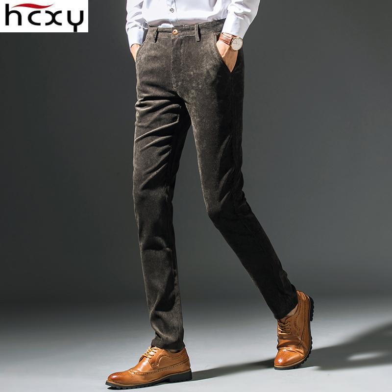 Acquista HCXY 2017 Nuova Primavera Autunno Moda Slim Fit Uomo Pantaloni  Casual Pantaloni Dritti Uomini Pantaloni Di Velluto A Coste Affari Elastici  ... be4d53cda61