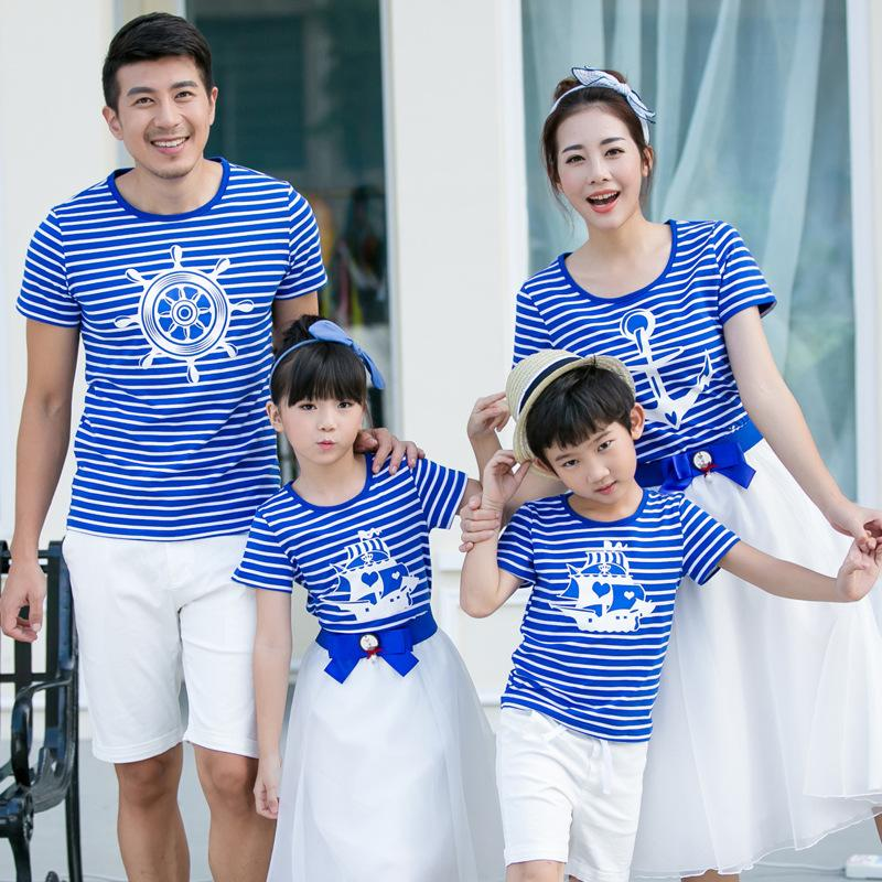 7e127723f8f93 2018 Summer Family Matching Outfits Mother Son Outfits Family Look Girl and  Mother T-shirts Mother and Daughter Clothes