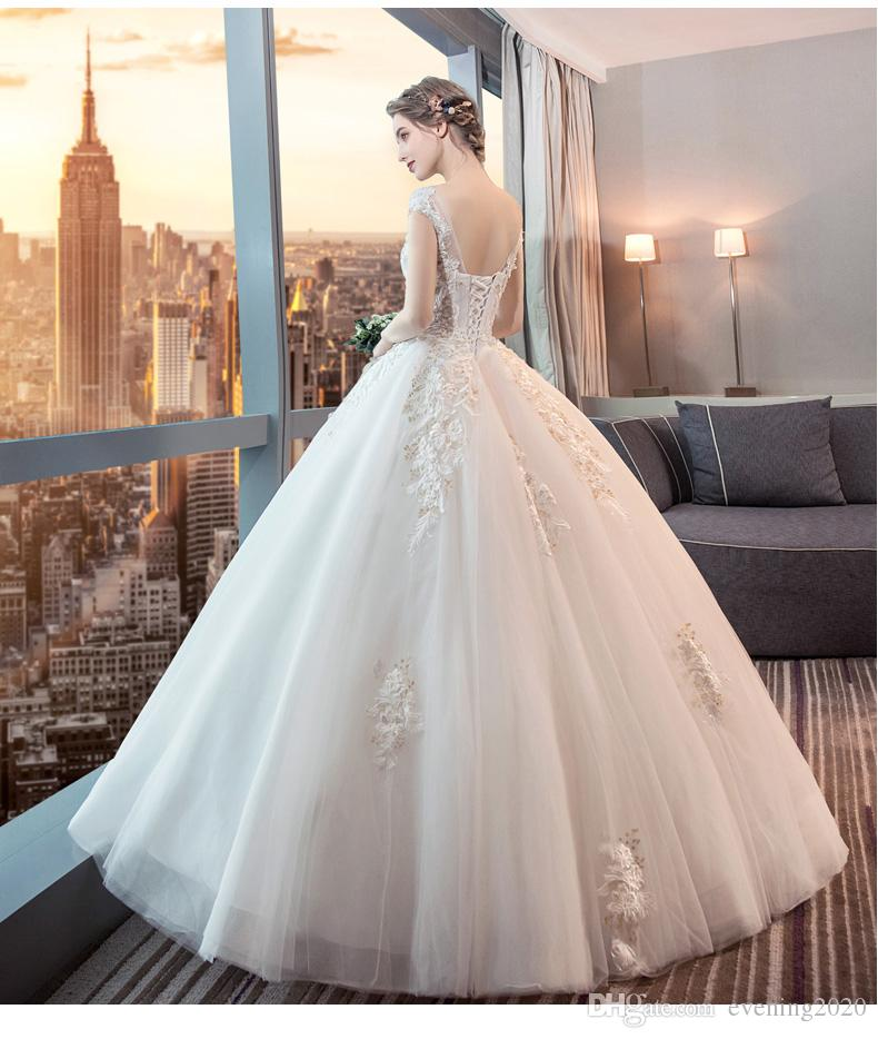 2018 Custom Made Fashion Ball Gown Wedding Dresses Jewel Short Sleeve Lace Appliques Bridal Dresses Lace-up Back Elegant Wedding Gowns
