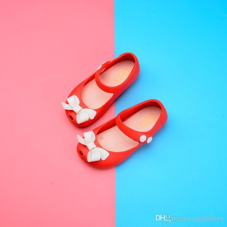 Meliss القوس هلام أحذية الأطفال والأحذية أحذية الشاطئ أميرة البنات الجملة، الصيف فتاة جديدة الصنادل DHL 7 اللون
