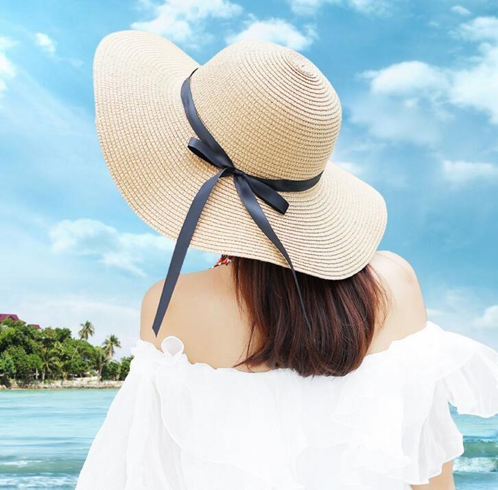 Acquista Cappello Da Sole A Tesa Larga Da Donna Floppy Fedora Pieghevole  Cappello Di Paglia Bowknot Cappello Da Spiaggia Estivo Accessorio Feste A   8.72 Dal ... a800906804e8