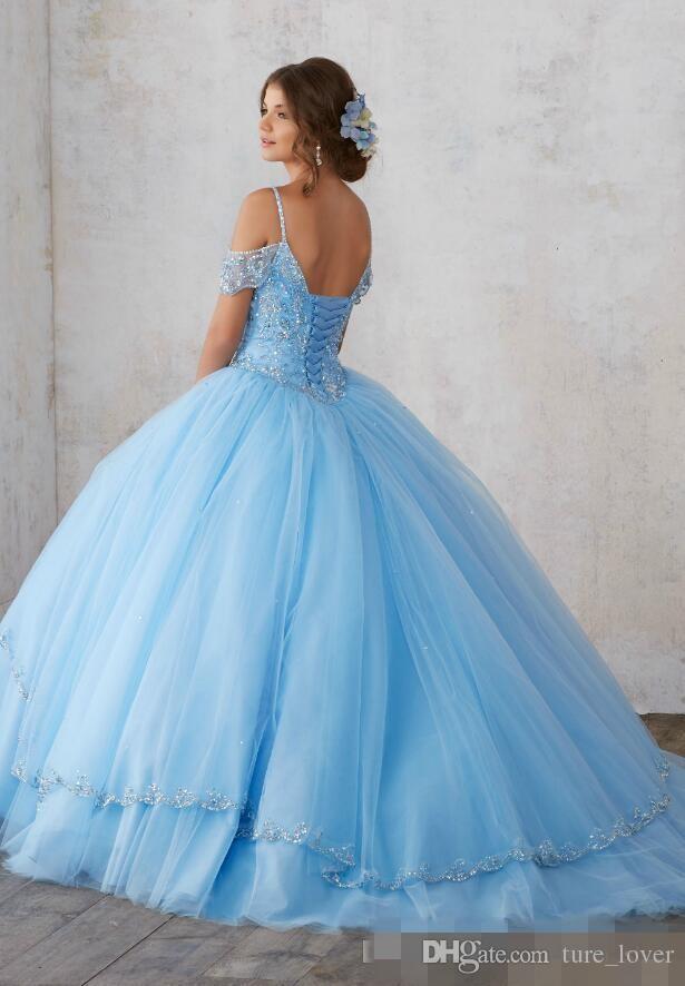 2019 Sky Blue Light balón vestido de quinceañera vestidos de mangas Cap espaguetis Party Prom princesa vestidos de abalorios de cristal para Sweet 16 niñas