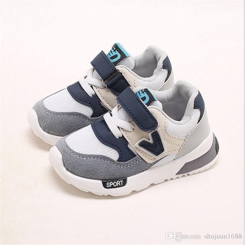 de8dd1563 Compre Niños Transpirables Zapatillas De Deporte Spring Boys Calzado  Deportivo Para Correr 1 4 Años De Edad