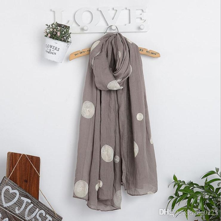2018 hot spring and autumn new embroidery size dot scarf fashion cotton and linen 180*90 cm super large ethnic retro ladies scarf