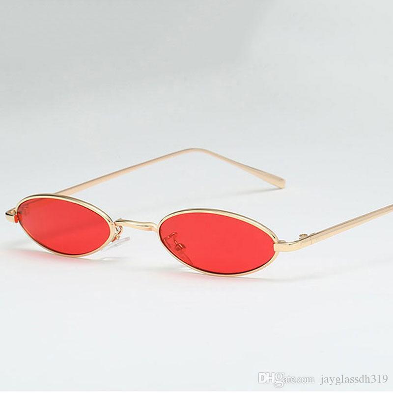28a757a37 Compre Pequeno Oval De Metal Óculos De Sol Das Mulheres Homens Retro  Moldura De Ouro Vermelho Do Vintage Boa Qualidade Pequena Rodada Óculos De  Sol Para As ...