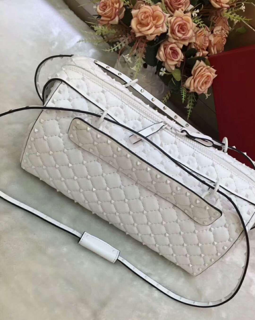 2018 sheep skin genuine leather high fashion show handbag OL diamond lattice metallic rivet pillow trunk bag party full starts big size 33cm