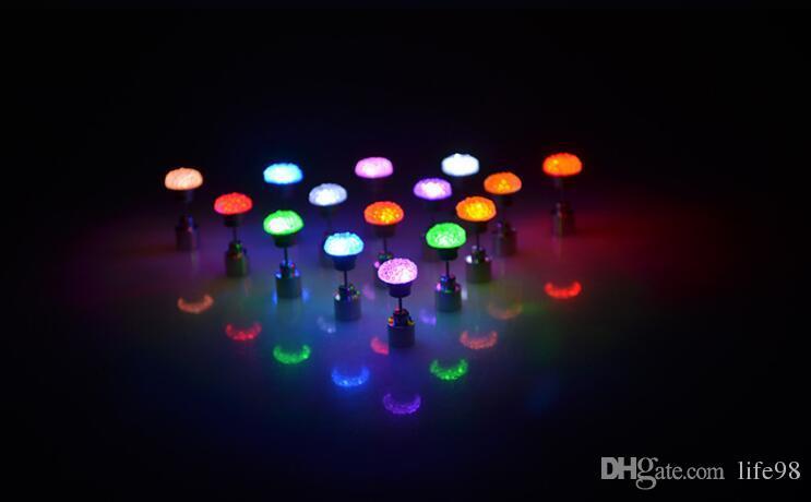 LED luce elettronica pentagramma LED Flash Orecchini Flash Orecchini LED Orecchini Hipster romanzo personalità creativa amore orecchino della vite prigioniera