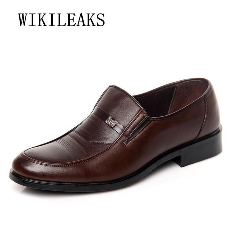 431739b4ac8bb Compre Zapatos Oxford Para Hombre Zapatos De Vestir De Boda Formales  Zapatillas Hombre Casual Hombres Sapato Masculino Mocasines De Cuero A   30.36 Del ...
