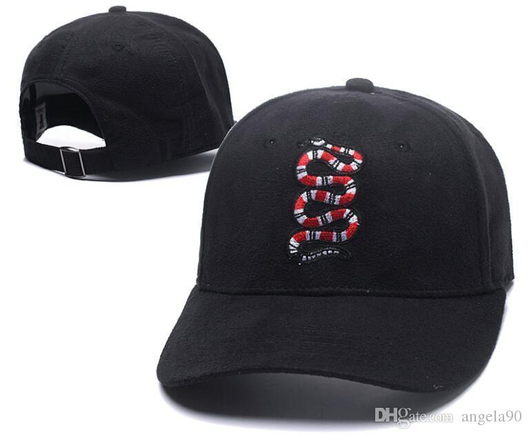 Compre 2018 Nuevo Estilo De Ala Larga Gorras De Béisbol De Golf Clásico  Bordado Hip Hop Bone Snapback Sombreros Para Hombres Mujeres Gorras  Ajustable ... f2da5193945